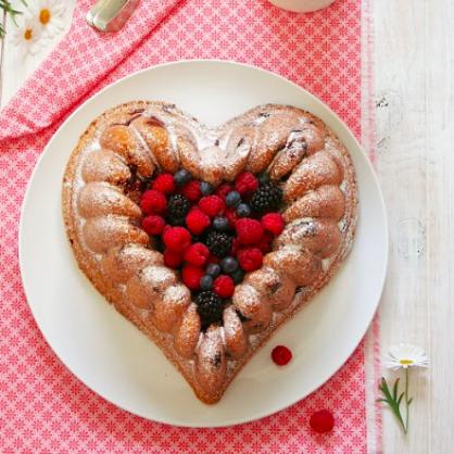 Valentine's Day Dessert: Heart Berry Bundt Cake