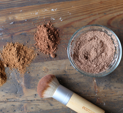 Summer DIY: Natural Bronzer
