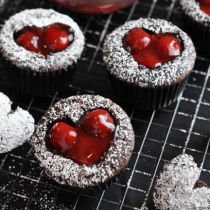 Valentine's Day Dessert: Cherry Cordial Cupcakes