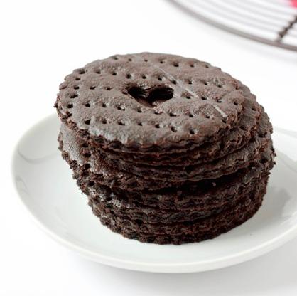 Valentine's Day Dessert: Chocolate Graham Crackers