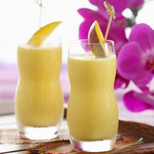 8 Refreshing Lo-Cal Smoothies