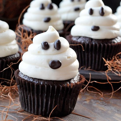 Halloween Desserts: Ghost Cupcakes