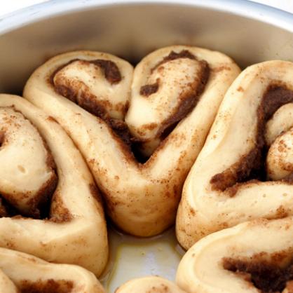 Valentine's Day Breakfast: Heart Cinnamon Rolls