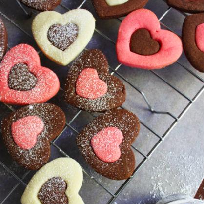 Valentine's Day Dessert: Heart Cookies