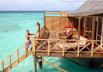 Honeymoon Hot Spot Komandoo Maldives Island Resort