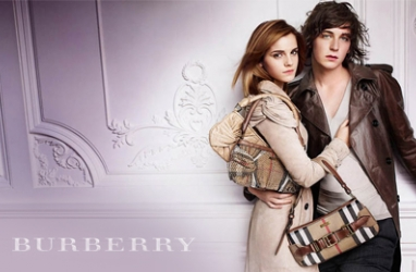 Burberry Fall Fashion Show Goes 3D