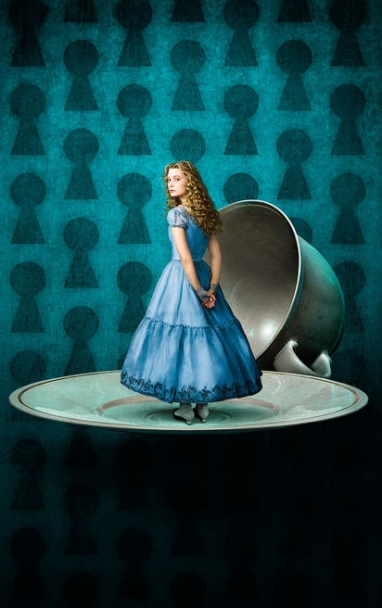 The Beat: New Images From Tim Burton's Alice in Wonderland!