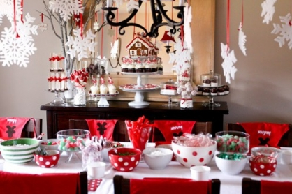 25 Inspiring Holiday Tablescapes