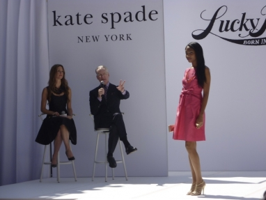 Fashion expert Tim Gunn shares styling tips for Fall