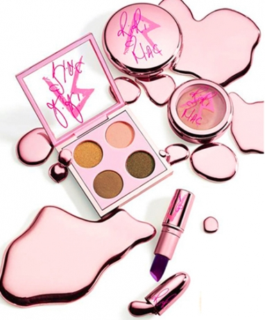 MAC Launches Exclusive Rihanna 'RiRi' Collection