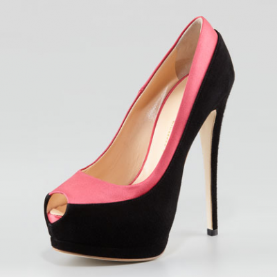 Two-Tone Pumps | LadyLUX - Online Luxury Lifestyle, Technology and Fashion Magazine
