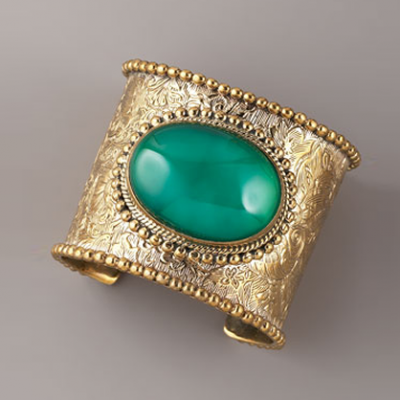 Green Agate Cuff | LadyLUX - Online Luxury Lifestyle, Technology and Fashion Magazine