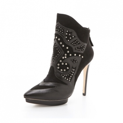 Western Style Ankle Booties | LadyLUX - Online Luxury Lifestyle, Technology and Fashion Magazine