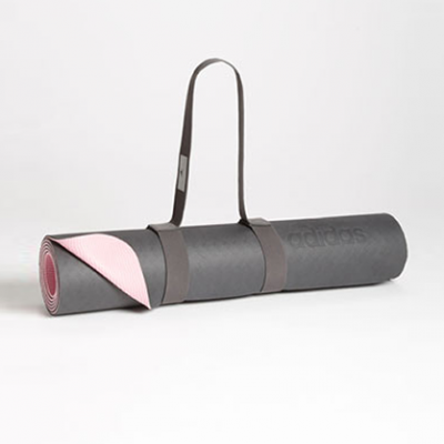 Two-Tone Yoga Mat | LadyLUX - Online Luxury Lifestyle, Technology and Fashion Magazine