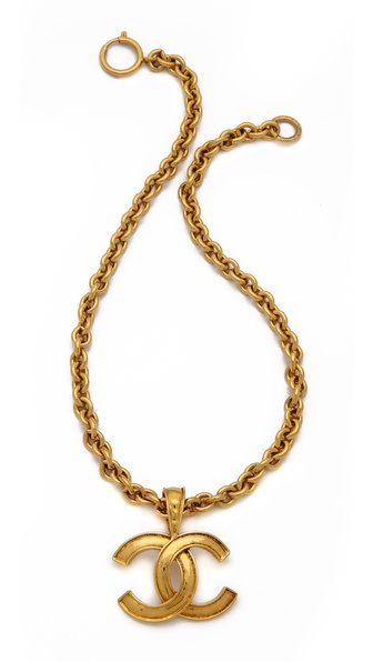 Vintage Chanel CC Necklace | LadyLUX - Online Luxury Lifestyle, Technology and Fashion Magazine